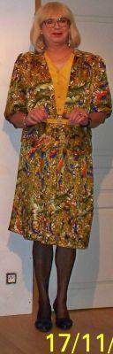 Robe vintage, très féminine à mon gout, j'aime bien